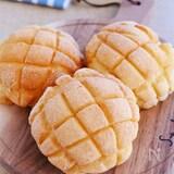 ザクザクふんわりメロンパン