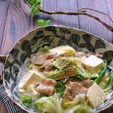 キャベツと豚バラと豆腐とオクラの旨塩とろみ煮