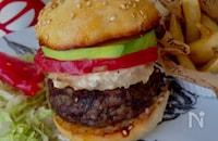 作って&食べて楽しい♡『アボカドビーフビックバーガー』