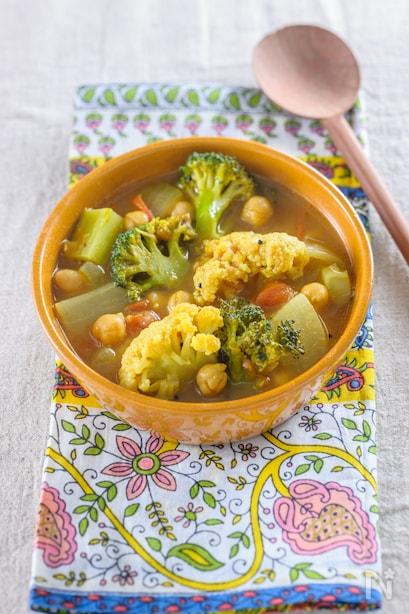 野菜とひよこ豆のサンバル風スープカレー