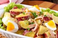 レンジで簡単*さつま芋とベーコンの卵サラダ