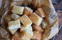 食パンで♪ペッパーチーズラスク