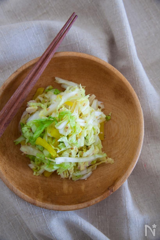 白菜とたくあんの和え物