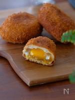 簡単!冷凍卵で半熟卵カレーパン♪こねないパン生地