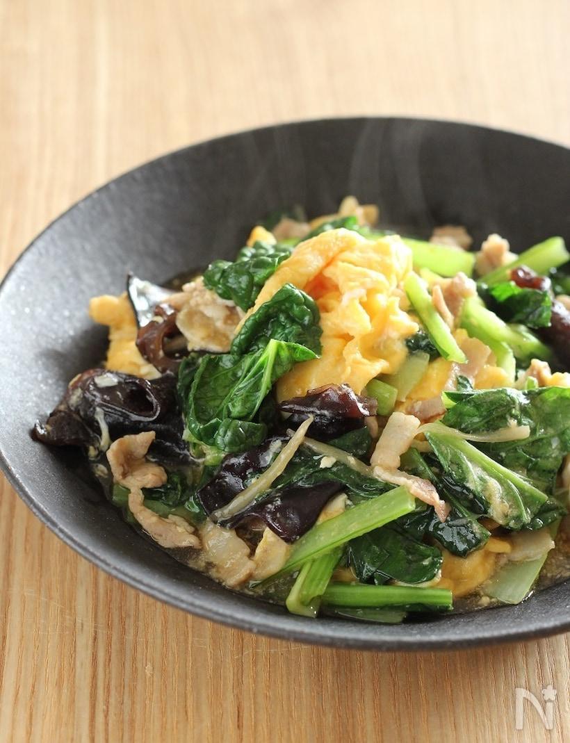 小松菜、豚肉、卵の炒めもの