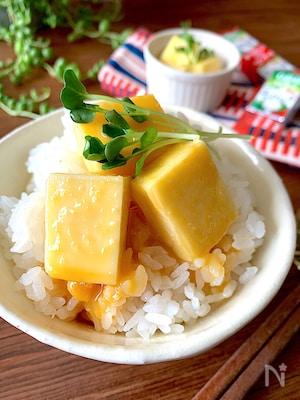 つけるだけ‼︎酒好きチーズ好きにたまらない【卵黄味噌漬け】