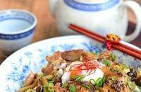焼き鳥風キャベツたっぷり鶏玉ベジ丼