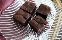 チョコ不使用アボカドココアブラウニー