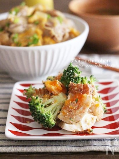 鰹節のうま味やちくわの食感も楽しいうま味たっぷりのサラダ