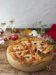 発酵なしで簡単!冷凍うどんで作るもっちりピザ