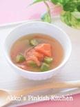電子レンジで『トマトとオクラのスープ』♡レンチンで一汁完成♪