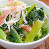 貧血知らずに♪とりこ飯‼︎【小松菜とカニカマのマヨ和え♪】