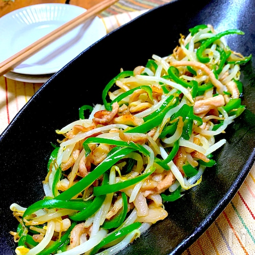 炊きたてご飯がすすむ♡野菜シャッキリ即席〝豚バラ青椒肉絲風〟