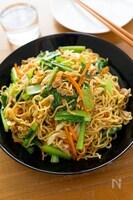 小松菜たっぷり!具だくさんで大満足♪『上海風焼きそば』