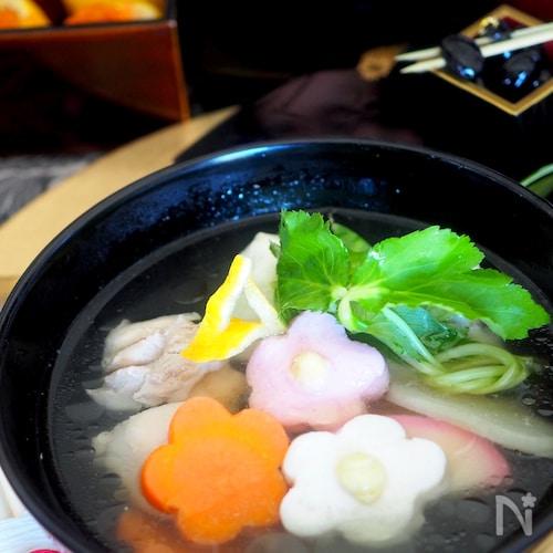 【お正月料理】お醤油味の焼き餅入れて関東風雑煮