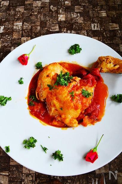 鶏もものトマト煮込み