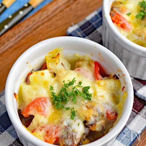 【サバ缶で簡単】サバとトマトのチーズ焼き
