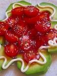 バジルジュレがけトマトとアボガドのお花サラダ♪
