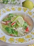 レタスのレモン風味スープ
