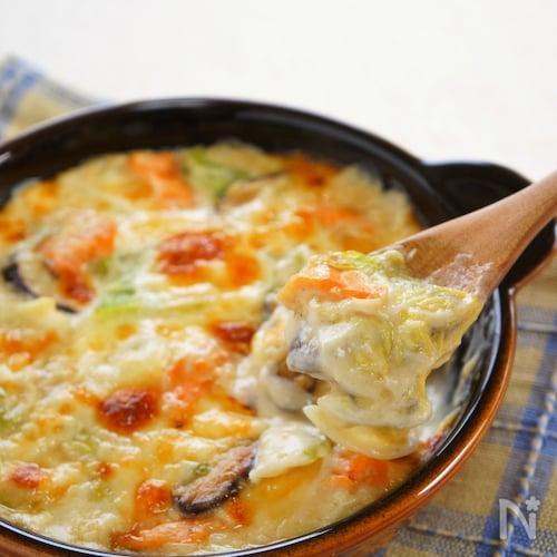 とろとろ白菜と鮭の和風みそグラタン