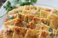 これは美味しい発見♡玉子豆腐でカニカマと青ねぎのチヂミ