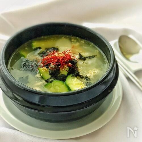 鶏がらベースを使って作る韓国のお雑煮*トックッ*