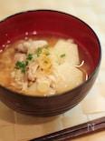 ネギたっぷり 里芋と豚肉の味噌汁