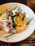 焼きひらたけと鮭のしっとり混ぜご飯