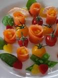 スモークサーモンと野菜のお花畑