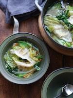 白菜餃子スープ。