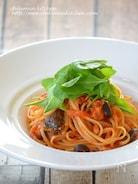 鯖と醬油麴のトマトソースパスタ