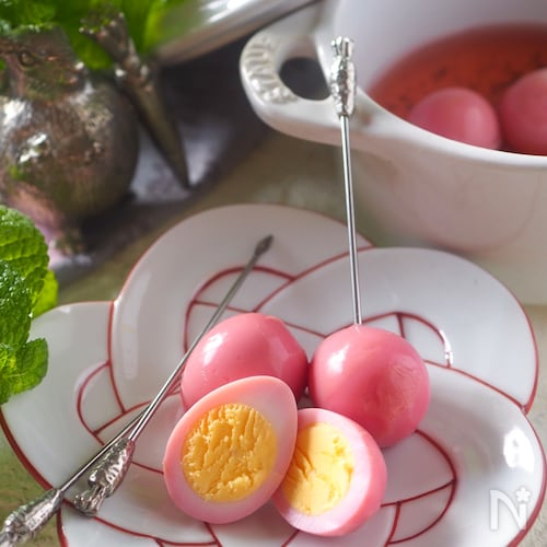 【作り置き・お弁当】うずら卵の赤かぶ漬け*失敗なし殻のむき方