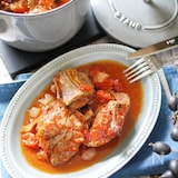 風味やみつき♡【スペアリブのトマト煮込みフレンチ仕立て】