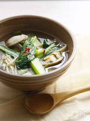 小松菜とあさりのあっさりスープ