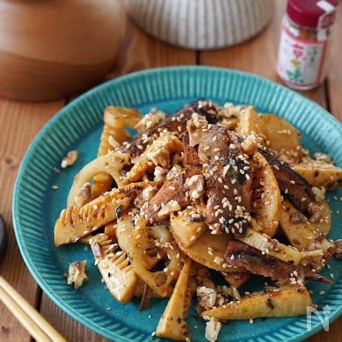 【缶詰レシピ・節約・簡単】さんまと根菜の蒲焼きマヨ炒め