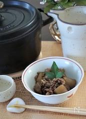 牛すじ肉と蒟蒻の山椒甘辛煮