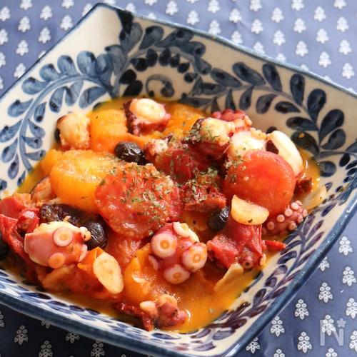 たことフレッシュトマトのハーブ炒め