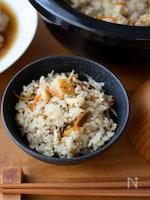 『鶏とごぼうの炊き込みご飯』ひき肉で手軽に。冷めておいしい♪
