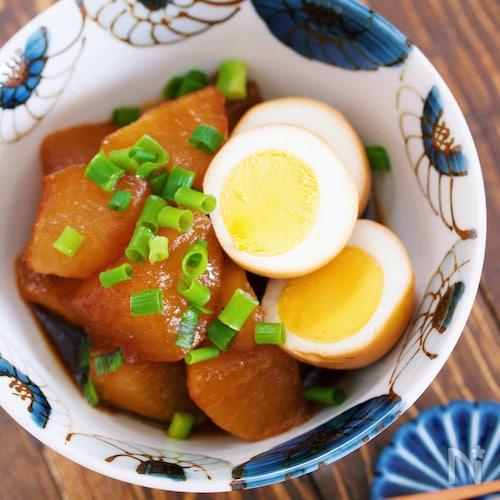 ゆで卵も同時調理で時短♪とろとろ大根と卵のこってり味しみ煮