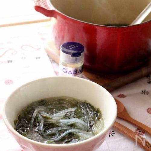 マロニーとわかめの食べるジンジャースープ