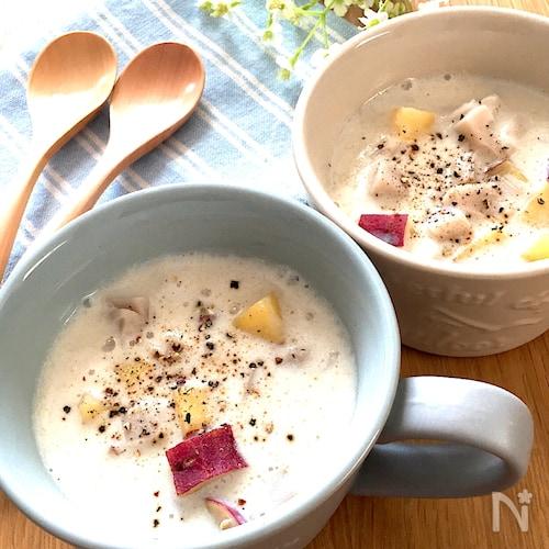 優しいほっこりするお味♡さつまいもとれんこんの和風豆乳スープ