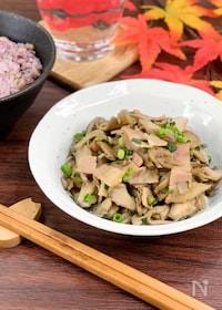 『簡単秋旨おかず*舞茸とベーコンの麺つゆ炒め*ご飯が美味しい★』