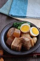 圧力鍋で味がしみしみ!ニンニクたっぷり豚の角煮