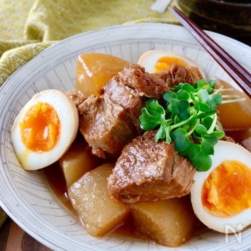圧力鍋で*豚の角煮(豚バラ大根味付き卵)