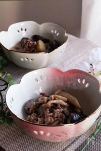 レンジで簡単♡じんわり美味しいナスとしめじのこくうま煮