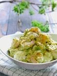 アボカドとゆで卵とむき海老の旨レモンマヨサラダ