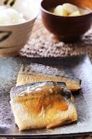 生姜香る♡フライパンで簡単ふっくらジューシーな鯖の照り焼き