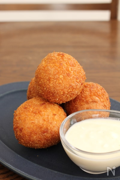 ボール 作り方 チーズ 家事ヤロウのクリームチーズボールのレシピ!作り方とは?