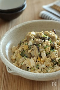 牡蠣の炒り豆腐