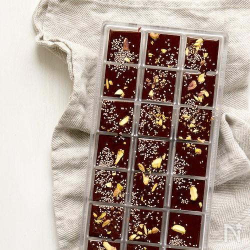ピスタチオとメープルのローチョコレート
